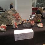 Stand Casutt - Rosa Fluorite zum Verkauf - Mineralienmesse Basel Schweiz