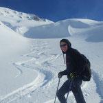 Skitour Abfahrt Piz Tomül Vals Graubünden Schweiz