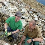 Andri und Walter an der Hämatitquarz Kluft- Vals Graubünden Schweiz