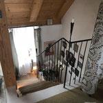 Blick ins offene Treppenhaus