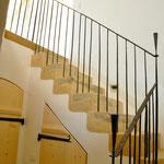 Treppe innerhalb der Wohnung