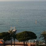 """Hotel """"Martinez"""", Cannes - Beach mit Steg"""