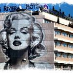 Marylin Monroe auf einer Hotel-Fassade in Nizza