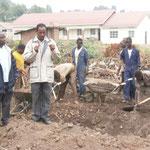 Buergermeister und Bauaufsicht sind vor Ort