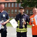 Knapp hinter den Eichstedter Kameraden belegten die Behrendorfer den zweiten Platz. Bronze sicherten sich die Lindtorfer. (v.l.)