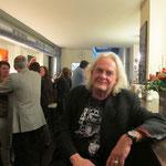 Fritz Oesterlein an der Bar...