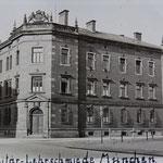 Die Militär-Lehrschmiede in München Oberwiesenfeld. Der besuchte Kurs dauerte vom 01.01.-01.11.1920.