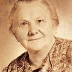 Rosa Bertha Henke, verw. Zabel und Zöckel hier um 1962 in Dessau.