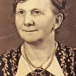 Ein Foto von Rosa Bertha Zabel, geb. Vetter ca. 1942.