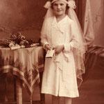 Kommunionsfoto von Rosa Marie Zabel ca. 1933 aufgenommen in Alt Ehrenberg.