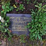 Grabstein von Karl und Maria Neinaß auf dem Ostfriedhof in Wismar