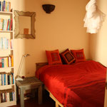 Kitesurfen Apartment Ferienwohnung Tarifa Schlafzimmer Doppelbett Casa Luna