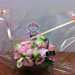 お花屋さんがつくってくれた「よっきーアレンジ」です!!クーポンマガジン「YOGAS」の読者プレゼントにもなりました。