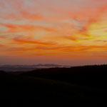 Morgens um Fünf ist die Welt noch in Ordnung (Siebengebirge im Hintergrund)