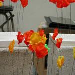 """coquelicot-"""" Vision fugitive"""", sculpture résine et métal - 2006"""