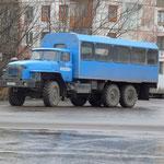 Camion bus pour se rendre au delà des routes