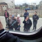 L'au revoir des familles au départ du train de Grozny