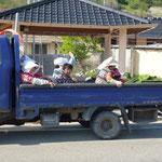 Transport de travailleuses aux champs