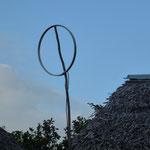"""Une antenne """"parabolique"""". Il parait que cela fonctionne bien !!!!"""