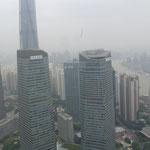 Vue du haut de la Perle de l'Orient. Quartier de Pudong