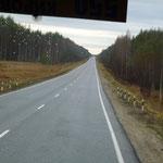 La route est monotone sur des milliers de km