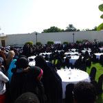 Rassemblement de femmes musulmanes pour une fête religieuse (??)