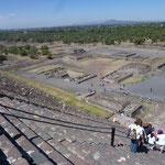 Les ruines de Teotihuacan vues de la pyramide du soleil