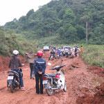 Accès difficile dans les villages en frontière de la Chine