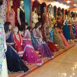 Un magasin de sarees, tenues des femmes indiennes (magnifique)