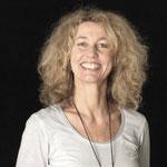 Monika Hauser, Referentin