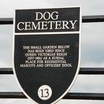 Dog cemetery auf der Burg.