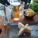 Snack zum Bier in Larissa