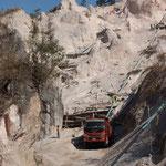 MMR - kurz nach Ta Kwa, nochmal Steinbruch auf Burmesisch