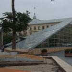 AZ - Baku, es gibt dezentere Abgänge in die U-Bahn