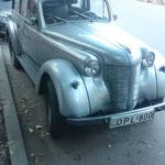 GEO - Tbilisi, man beachte die passende Autonummer