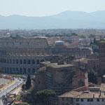 Piazza Venezia mit Blick aufs Kolosseum