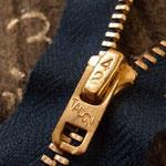 LEVI'S 502 ファスナー交換 ストックの42talon zipperを使用します。