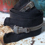 "vintagestock ""crown zipper"""