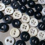 vintagestock button 2