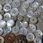 vintagestock buttons 1