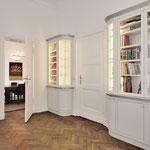 Bibliothek lichtgrau, stumpfmatt lackiert (Potsdam), Architekt: Andreas Thiele, Foto: Hiepler & Brunier