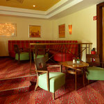 IFA Hotel (Graal Müritz) Sitzbänke Kaminbar, Foto: Gränz Innenausbau