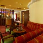 IFA Hotel (Graal Müritz) Buffet und Sitzbänke Kaminbar, Foto: Gränz Innenausbau