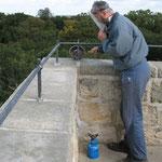 Reparatur der Geländerbefestigung mit flüssigem Blei 2007