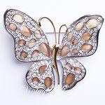 Лот №П414.Брошь-бабочка от американскиго дизайнера Нолала Миллера (подробнее смотрите раздел  *Известные марки*),новая,маркирована.Размер-6х5.5 см.ПРОДАНА