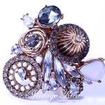 Лот №П713.Огромное кольцо модного и дорого американского дизайнера.Размер пальца регулируется.ПРОДАНО