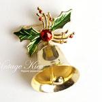 Лот №НГ  5.Новогодняя брошь *Колокольчик*.Бижутерный сплав под золото,эмаль,настоящий колокольчик (звенит).Размер-5х3.5 см.Цена-250 грн