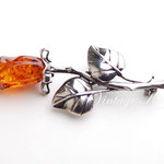 """Лот №П421.Винтажная серебряная  брошь """"Янтарная роза"""",маркирована 925 пробой.В отличном состоянии,прекрасное исполнение,лёгкая.Размер-5.5х2 см.ПРОДАНА"""