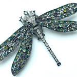 Лот №13. Новая крупная брошь-стрекоза Кеннет Джей Лейн.Gun (черный) металл,кристаллы Сваровски.Цена-3000 грн
