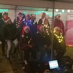 Op 27 december 2019 zongen we voor de derde keer tijdens de kerstwandeling in Horst. Gezellig!